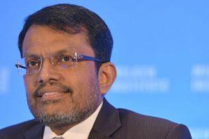 Ravi Menon, de l'autorité monétaire de Singapour