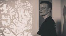 Vitalik Buterin en noir et blanc