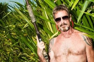 John McAfee dans la jungle