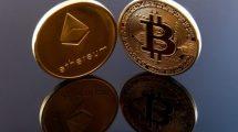 Pièces Bitcoin et Ethereum