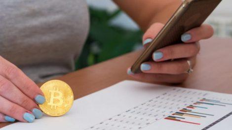 Femme Bitcoin