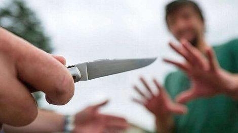 Couteau menace